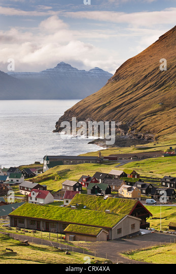 Malerischen Dorf Gjogv auf Eysturoy auf den Färöer Inseln. (Juni) Frühjahr 2012. - Stock-Bilder