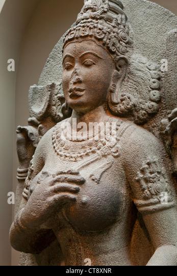 Yogini Granitskulptur - Südindien, 10. Jahrhundert Stockbild