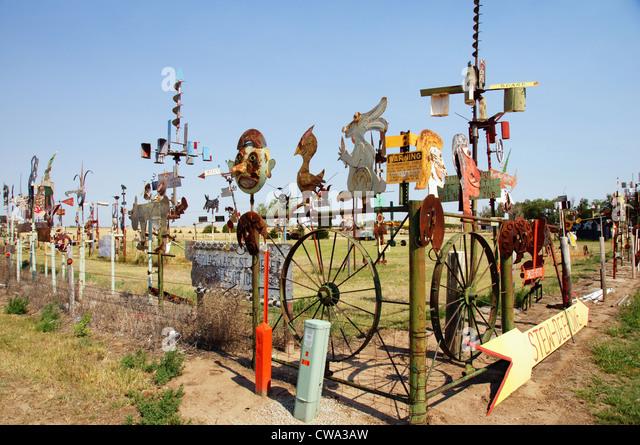 Mt Liggetts politische Satire Metall Skulptur Mullinville Kansas ks Kunst Malerei Bau Liggett Schweißen Stockbild