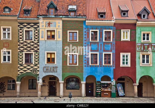 Buntes aus dem 16. Jahrhundert mittelalterlichen Kaufmannshäusern, Domki Budnicze, in der alte Marktplatz, Stockbild