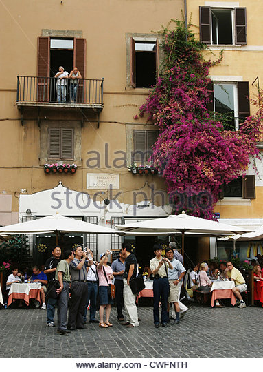 Italien, eine Gruppe von Touristen auf einer Stadtrundfahrt Stockbild