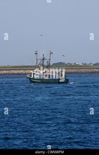 """Kommerzielle fischender Trawler """"American Heritage"""" Autofahren in Hafen von Boston in Boston, Massachusetts Stockbild"""