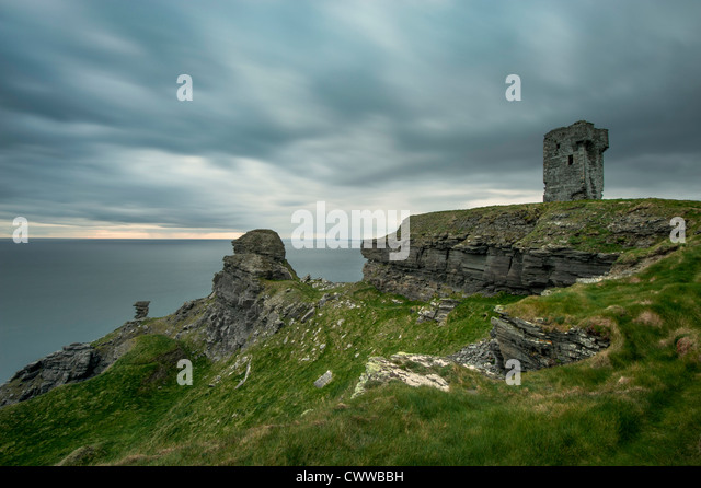 Stein-Ruinen auf ländlichen Klippen Stockbild