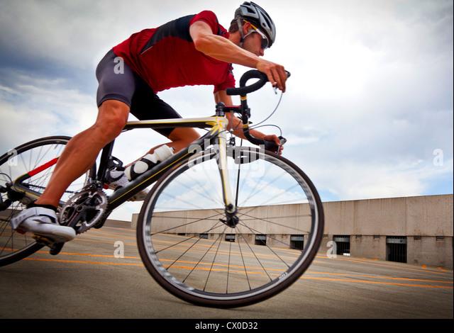 Radfahrer fahren Fahrrad Stockbild