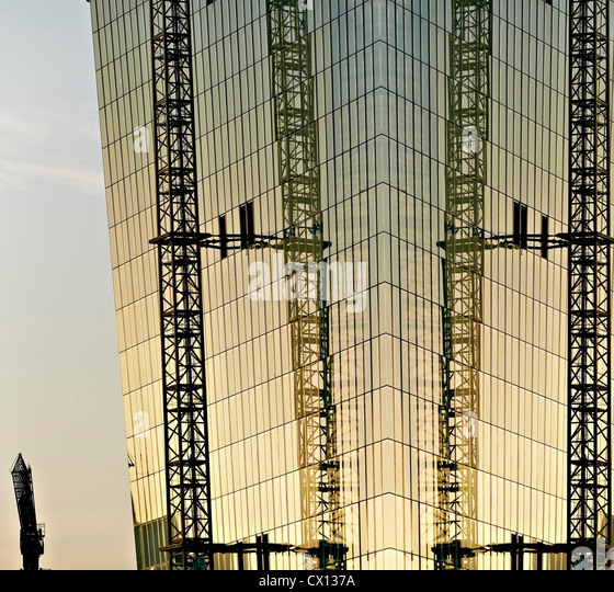 Bau des neuen Europäischen Währungsfonds Weltbank bei Sonnenuntergang, Frankfurt am Main, Hessen, Germany Stockbild