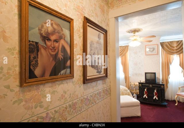 Marilyn Monroes Zimmer Edith Palmers Country Inn, einem viktorianischen Haus, erbaut im Jahre 1863, Virginia City. Stockbild