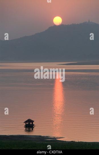 Sonnenuntergang, Ayeyarwaddy Flusses, Bagan (Pagan), Myanmar (Burma), Asien - Stock-Bilder