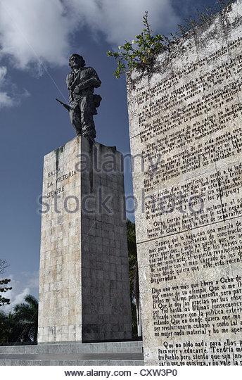 Statue von Che Guevara an der Che Guevara Mausoleum mit Abschiedsbrief in den Vordergrund zu Fidel, Santa Clara, Stockbild
