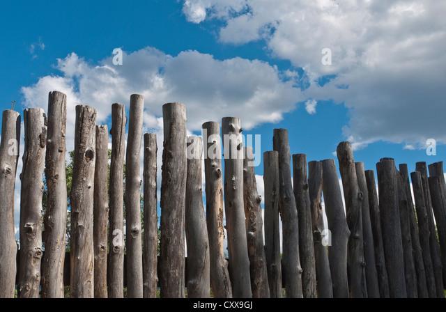 primitive fence stockfotos primitive fence bilder alamy. Black Bedroom Furniture Sets. Home Design Ideas