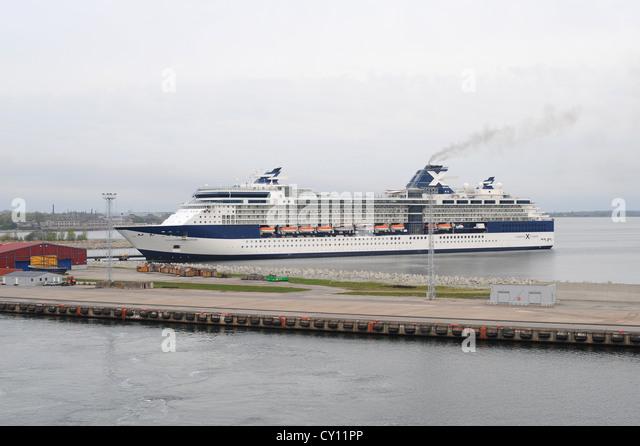 Redaktionelle ** Tallinn, Estland - 11. Mai 2009: Celebrity Cruises X Ozean Klasse Schiff Constellation Andocken Stockbild