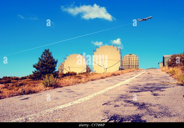 Alten Militar-radar Stockbild