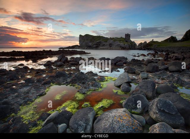 Kinbane Castle auf Kinbane Head, County Antrim Stockbild