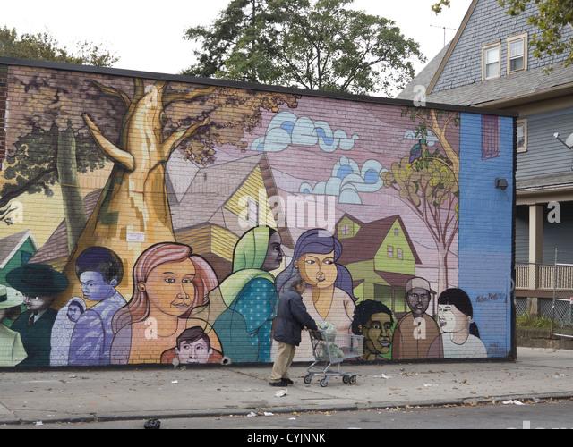 Multikulturelle Wandbild auf der reflektierenden Flatbush Food Co-op die großartige Mischung aus Kulturen & Stockbild