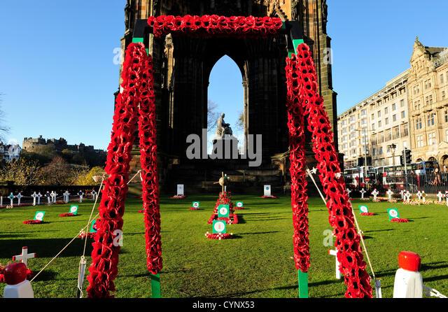 8. November 2012, Edinburgh, Schottland - Garden of Remembrance neben dem Scott Monument in den Princes Street Gardens Stockbild