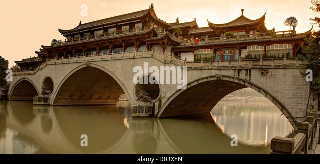 Fluss-Brücke in Chengdu China Stockbild