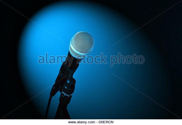 Mikrofon hautnah Stockbild
