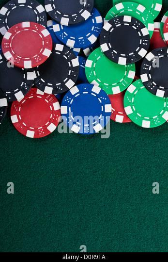 Chips auf dem Tisch. Stockbild
