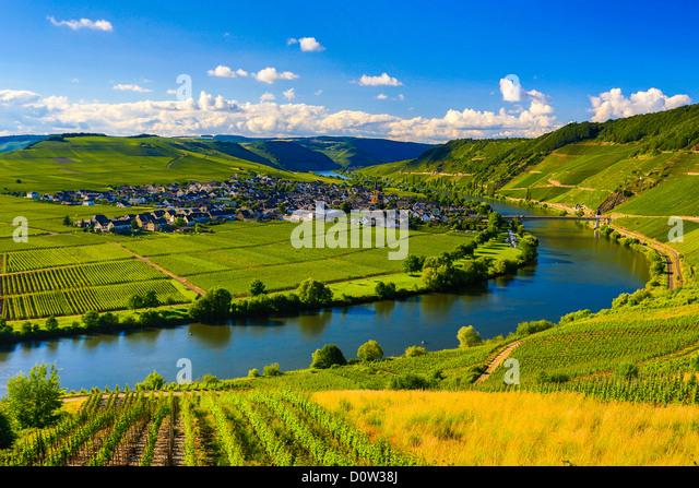Deutschland, Europa, Reisen, Moseltal, Mosel, Trittenheim, Mosel, Fluss, Weinberge, Landwirtschaft, Biegung, Wolken, Stockbild