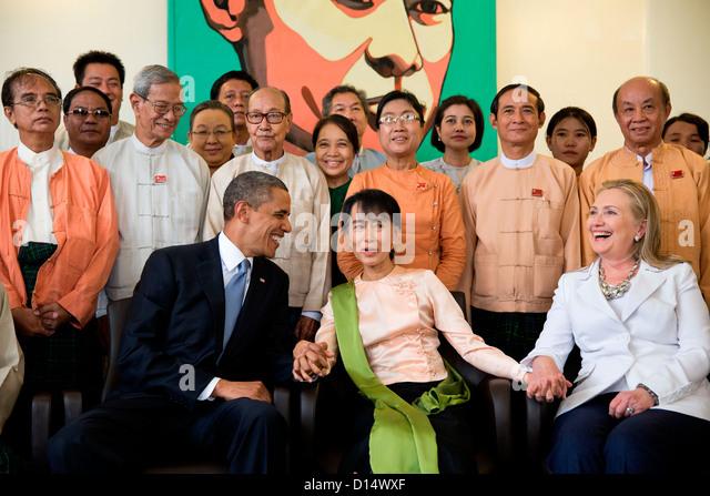 US-Präsident Barack Obama und Außenministerin Hillary Rodham Clinton sind mit Aung San Suu Kyi und ihre Stockbild