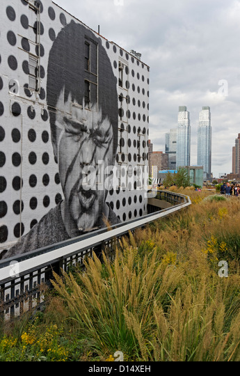Wandbild von Künstler JR High Line, Meatpacking District, NYC, USA Stockbild