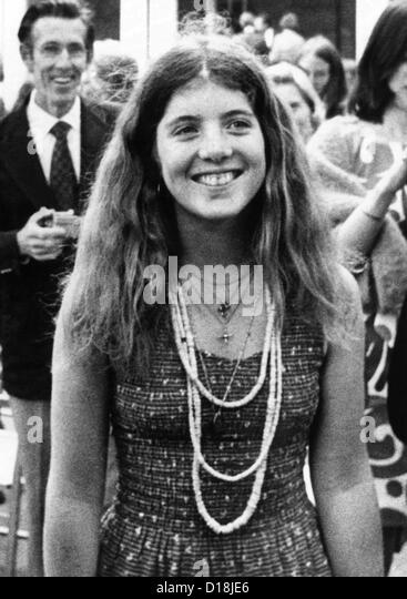 Caroline Kennedy, 17-jährige Tochter des ermordeten Präsidenten John F. Kennedy. 1975. (CSU_ALPHA_835) Stockbild