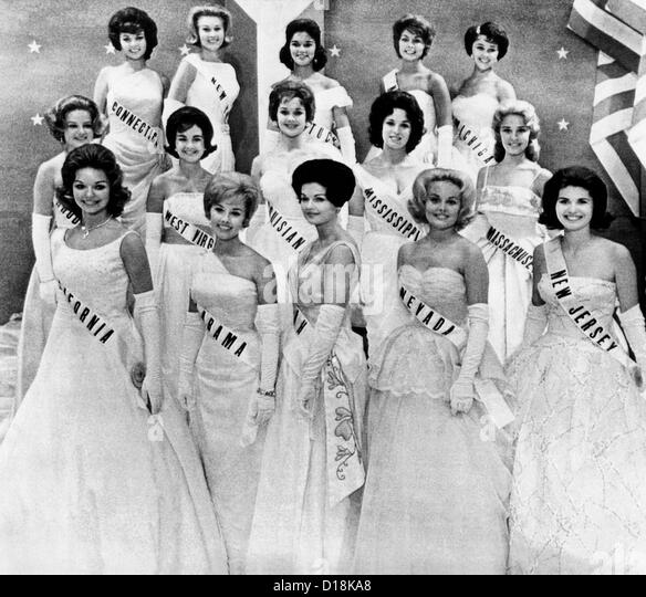 Miss USA 1961 Finalisten in der ersten Phase der Miss Universe Wahl in Miami, Florida. 12. Juli 1961. Die Mädchen Stockbild