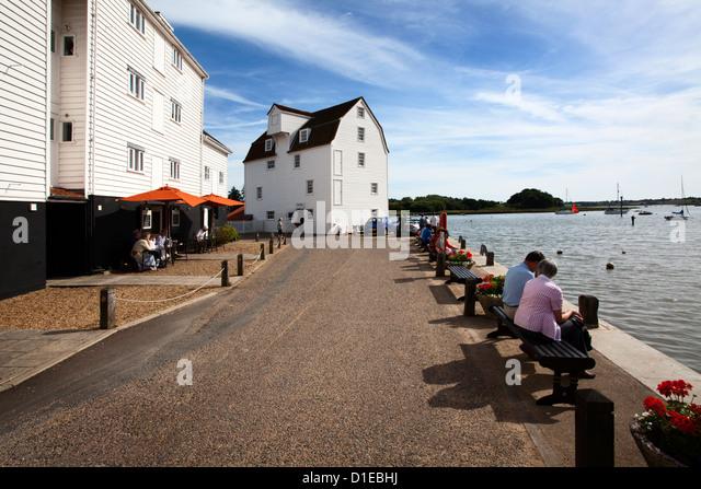 Die Flut Mühle lebendes Museum und Kai Woodbridge Riverside, Woodbridge, Suffolk, England, Vereinigtes Königreich, Stockbild