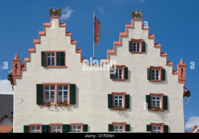 Die Fassade aus dem 17. Jahrhundert Rathaus, Oppenheim, Rheinland-Pfalz, Deutschland, Europa Stockbild