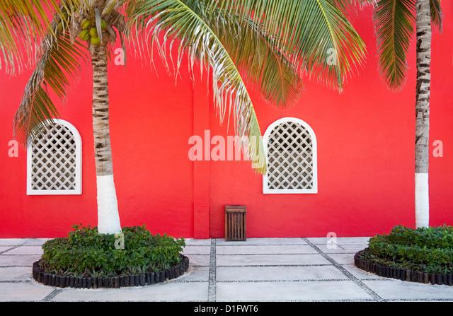 Architekturdetail im Hafen Costa Maya, Quintana Roo, Mexiko, Nordamerika Stockbild