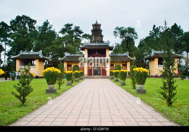 Gebäude in der Nähe von Thien Mu Pagode, Hue, Vietnam, Indochina, Südostasien, Asien Stockbild