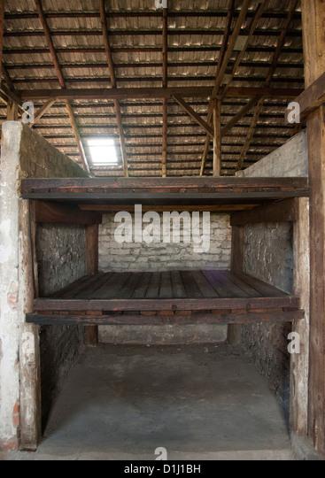 Innern eines der Kaserne im ehemaligen KZ Auschwitz II ? Birkenau in Südpolen. Stockbild