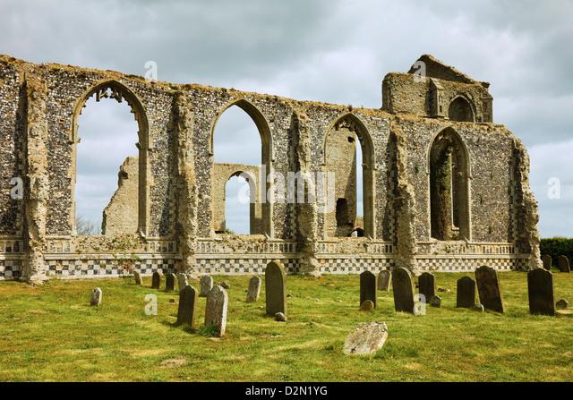 St.-Andreas Kirche und eine kleinere Kirche entstand innen im 17. Jahrhundert, Covehithe, Suffolk, England, UK Stockbild