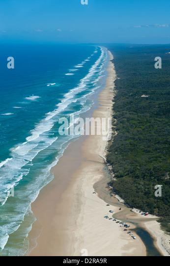Antenne des Seventy-Five Mile Beach, Fraser Island, UNESCO World Heritage Site, Queensland, Australien, Pacific Stockbild
