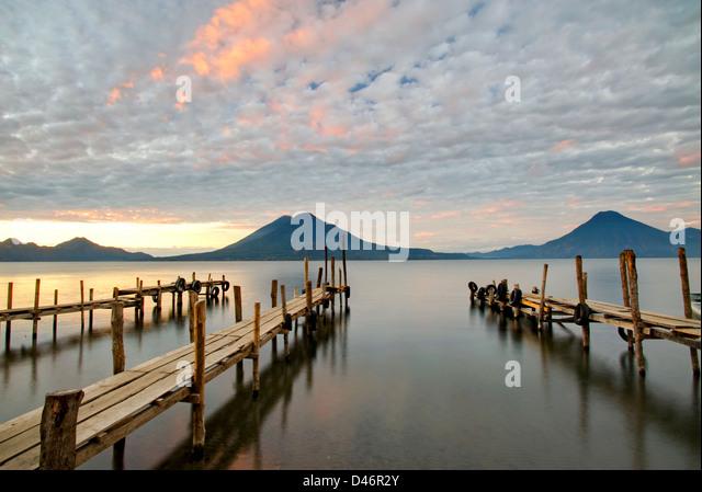 Docks am Lake Atitlan, Guatemala Stockbild