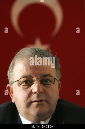 Das Bild zeigt Kenan Kolat der Vorsitzende der türkischen Gemeinde Intrest Gruppe in Deutschland (TGD) auf Stockbild