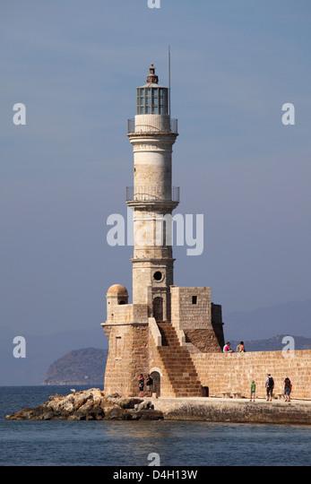 Hafen Sie der venezianischen Epoche Wände und Leuchtturm an der mediterranen Hafen von Chania (Canea), Kreta, Stockbild