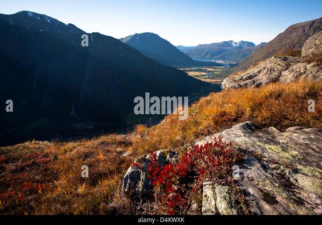Romsdalen Tal gesehen von Litlefjellet, Rauma Kommune, Møre Og Romsdal, Norwegen. Stockbild