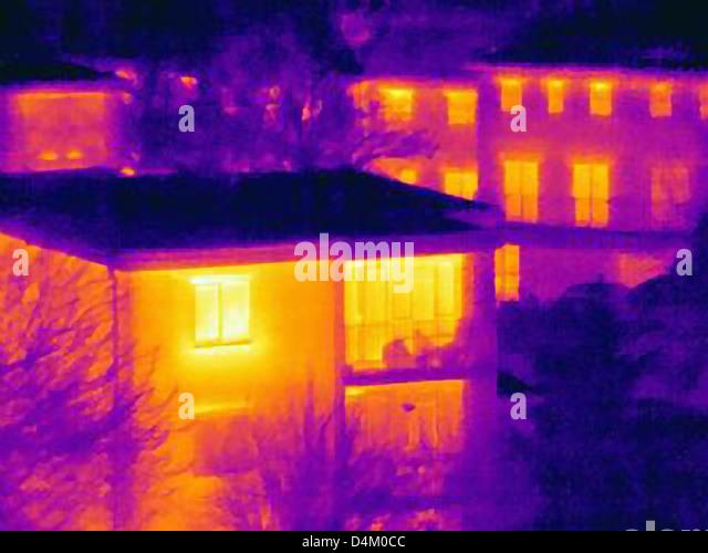 Wärmebild von Mehrfamilienhäusern Stockbild