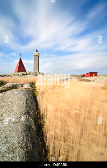 Feld und Leuchtturm in Vinga, Göteborg, Schweden, Europa Stockbild
