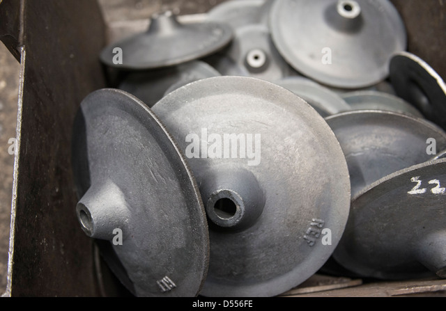 Stahlteile in Metallgießerei Stockbild