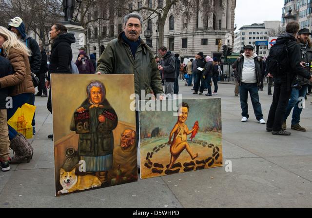 Kaya zeigt Mar - politischen Maler, stolz seine Kunst auf dem Trafalgar Square am 30. März 2013 bei Anti Schlafzimmer Stockbild