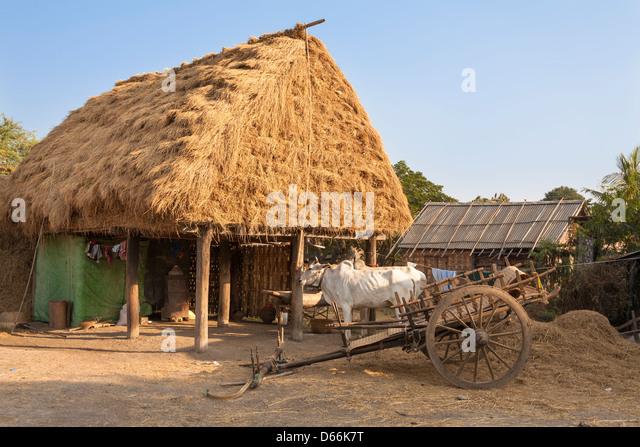 Hof, Yay Kyi Dorf, Mandalay, Myanmar, (Burma) Stockbild