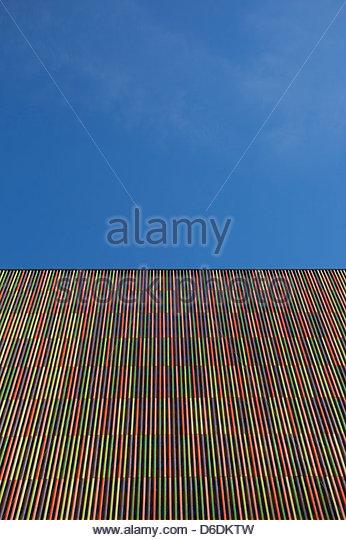 Moderne abstrakte Architektur Gebäude gestreift Stockbild