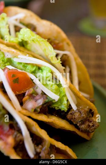 Knuspriges Rindfleisch Tacos - mit Rezept Stockbild