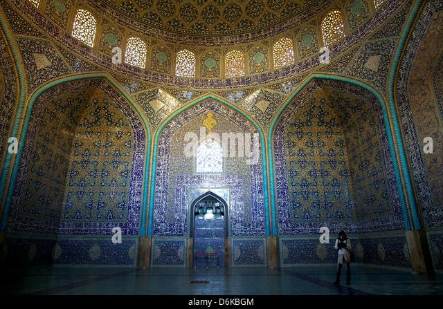 Im Inneren der Sheikh Lotfollah Moschee, Isfahan, Iran, Naher Osten Stockbild