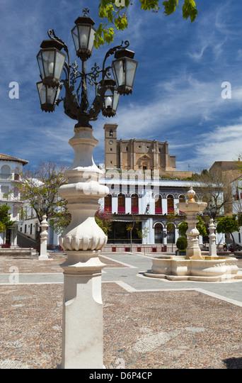Plaza Mayor und La Colegiata, Osuna, Andalusien, Spanien, Europa Stockbild