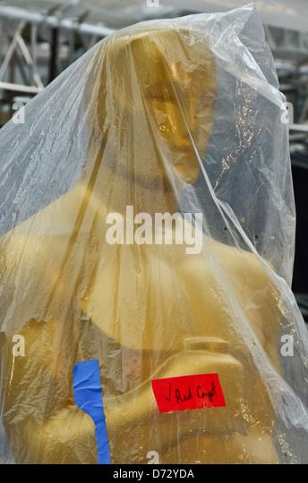 Oscar-Statue bereit für den roten Teppich bei den 84. Academy Awards. Stockbild