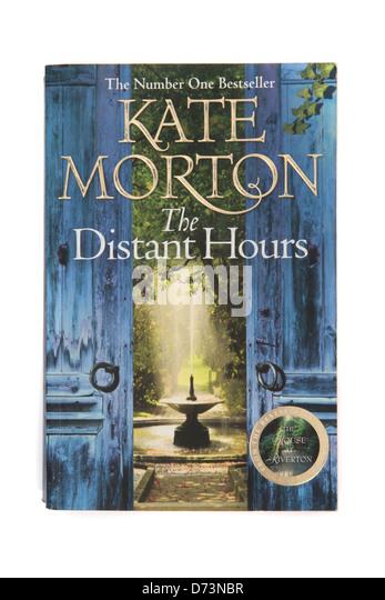 Der Roman - die fernen Stunden von Kate Morton Stockbild