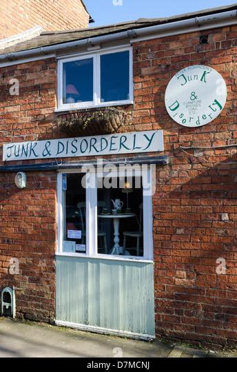 Trödel und ungeordnete Antik und Second Hand Shop in Uppingham, Rutland Stockbild