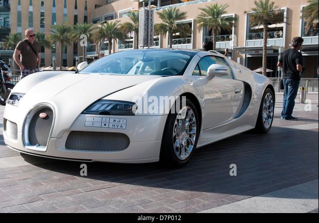 Perlglanz weiß Bugatti Veyron EB Sportwagen Stockbild